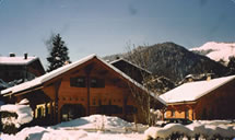 Self-Catered Chalets - Winter skiing or snowboarding in France.
